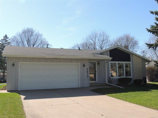 2417 S Berry Drive, Appleton, WI 54915 (#50201447) :: Dallaire Realty