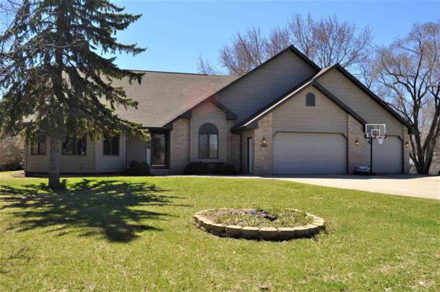 3682 Van Laanen Road, Green Bay, WI 54311 (#50201466) :: Dallaire Realty