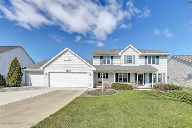 1260 Benjamin Court, Green Bay, WI 54311 (#50201591) :: Dallaire Realty