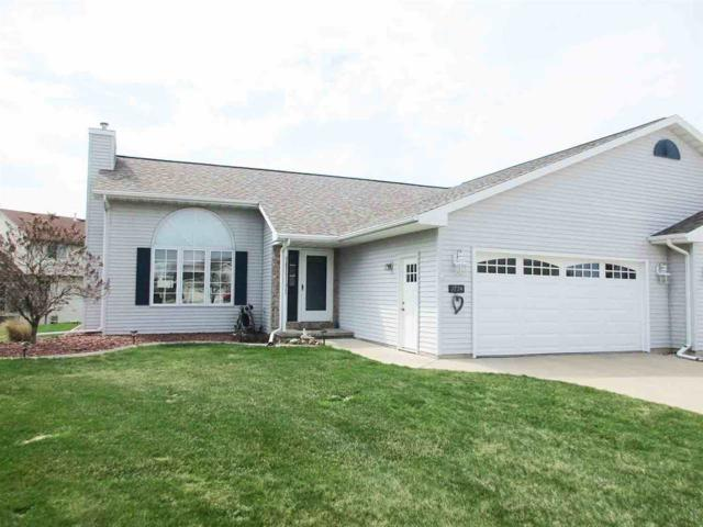 1774 Briarwood Court, De Pere, WI 54115 (#50201622) :: Dallaire Realty