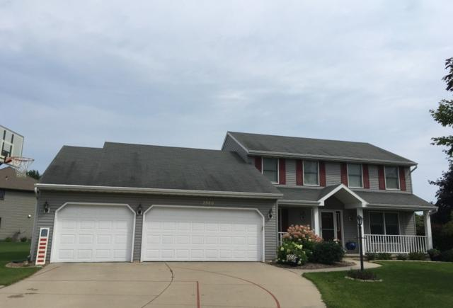 2980 Blue Moon Drive, Green Bay, WI 54311 (#50201647) :: Dallaire Realty