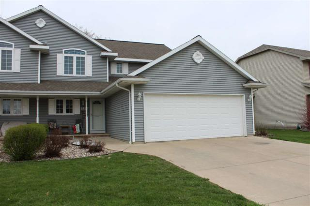1827 Briarwood Court, De Pere, WI 54115 (#50201807) :: Todd Wiese Homeselling System, Inc.