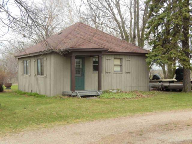 N5831 Lakeshore Drive, Hilbert, WI 54129 (#50201824) :: Dallaire Realty
