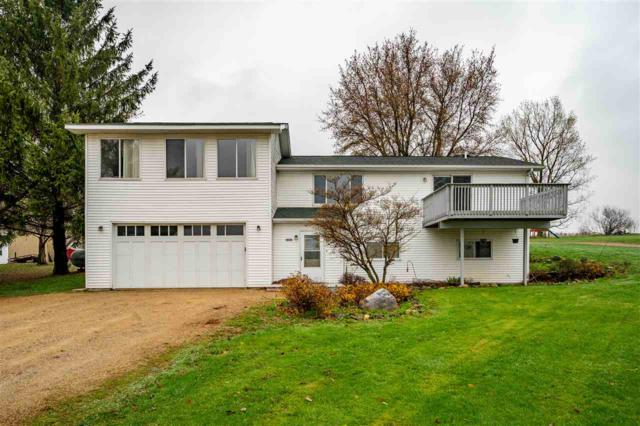 8678 Banner Hill Road, Omro, WI 54963 (#50201868) :: Dallaire Realty