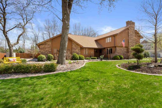 2426 Forest Manor Court, Neenah, WI 54956 (#50202159) :: Dallaire Realty