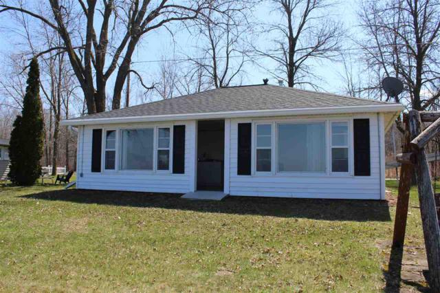 121 Sun N Surf Drive, Luxemburg, WI 54217 (#50202200) :: Symes Realty, LLC