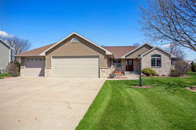 W6064 Strawflower Drive, Appleton, WI 54915 (#50202286) :: Dallaire Realty