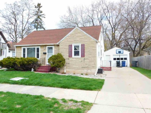 1339 Mc Cormick, Green Bay, WI 54301 (#50202293) :: Todd Wiese Homeselling System, Inc.