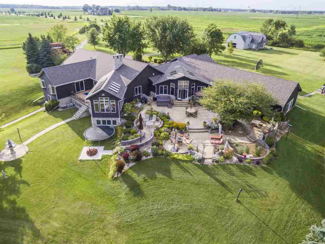 6953 Shanty Road, Greenleaf, WI 54126 (#50202303) :: Dallaire Realty