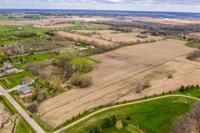 Cloverleaf Road, Hortonville, WI 54944 (#50202370) :: Dallaire Realty
