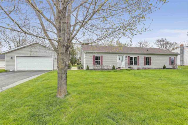 6765 Deuster Street, Greenleaf, WI 54126 (#50202468) :: Dallaire Realty