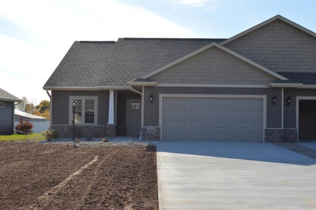 2229 Mahogany Trail #27, De Pere, WI 54115 (#50202504) :: Todd Wiese Homeselling System, Inc.