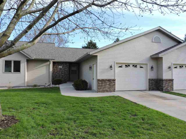 12 Riverside Court, Fond Du Lac, WI 54935 (#50202521) :: Dallaire Realty