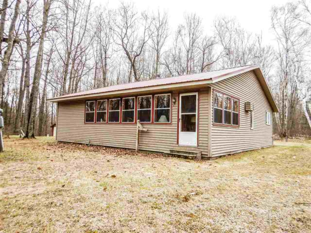 W14309 Oriole Lane, Silver Cliff, WI 54104 (#50202526) :: Todd Wiese Homeselling System, Inc.