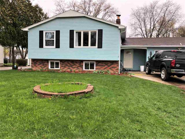 745 E Allouez Avenue, Green Bay, WI 54301 (#50202676) :: Todd Wiese Homeselling System, Inc.