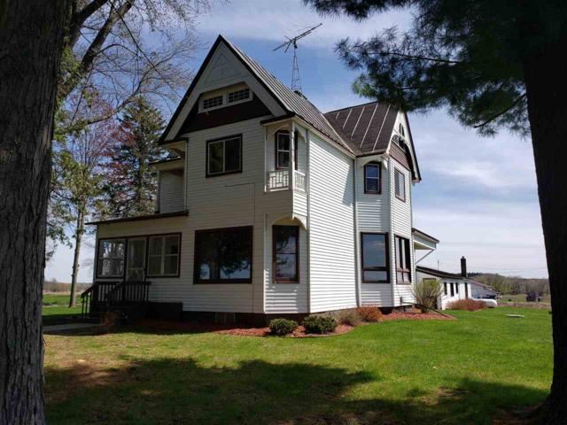 E3797 Hwy Ee, Waupaca, WI 54981 (#50202700) :: Dallaire Realty