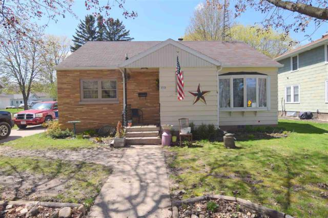213 N Main Street, Clintonville, WI 54929 (#50202766) :: Todd Wiese Homeselling System, Inc.