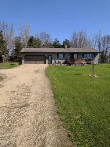 W10044 Hintz Road, New London, WI 54961 (#50202802) :: Todd Wiese Homeselling System, Inc.