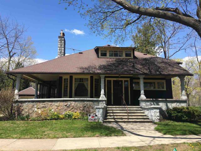 307 Jefferson Street, Marinette, WI 54143 (#50202890) :: Todd Wiese Homeselling System, Inc.