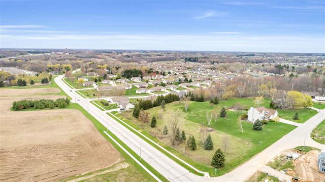 3370 Shawano Avenue, Howard, WI 54313 (#50202897) :: Todd Wiese Homeselling System, Inc.