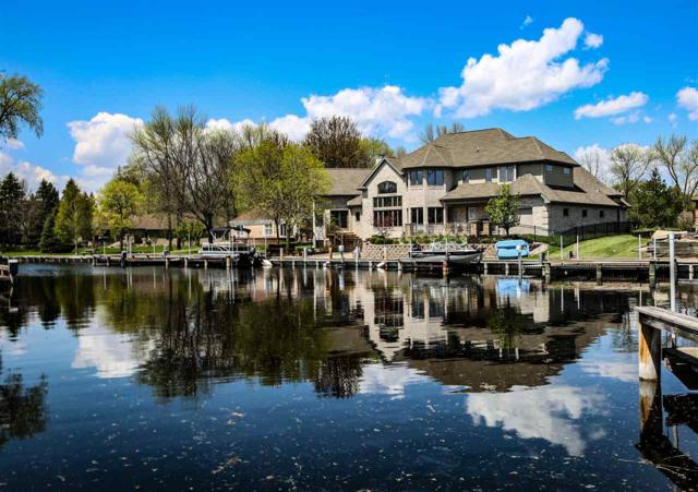 281 Green Wing Drive, Winneconne, WI 54986 (#50202922) :: Dallaire Realty