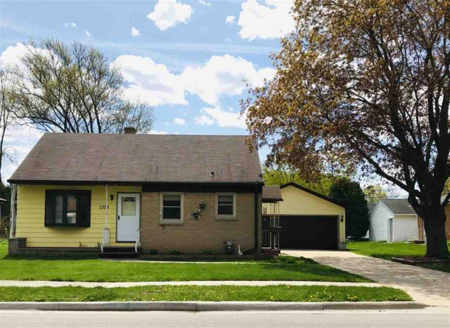 1373 Rockdale Street, Green Bay, WI 54304 (#50203029) :: Dallaire Realty