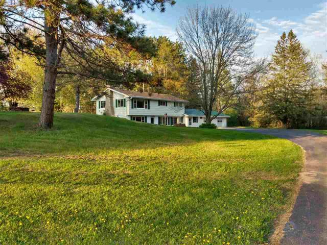 N3934 Hwy Q, Waupaca, WI 54981 (#50203040) :: Dallaire Realty