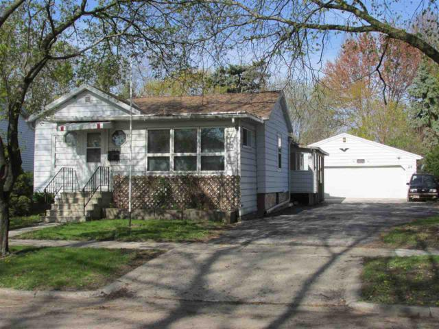 24 S Gould Street, Fond Du Lac, WI 54935 (#50203050) :: Dallaire Realty