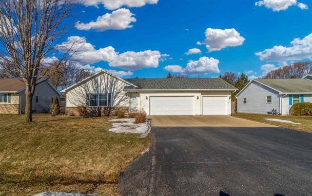 N255 Lavender Lane, Appleton, WI 54915 (#50203107) :: Todd Wiese Homeselling System, Inc.