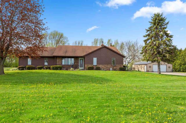 3749 Fairview Road, Neenah, WI 54956 (#50203156) :: Dallaire Realty