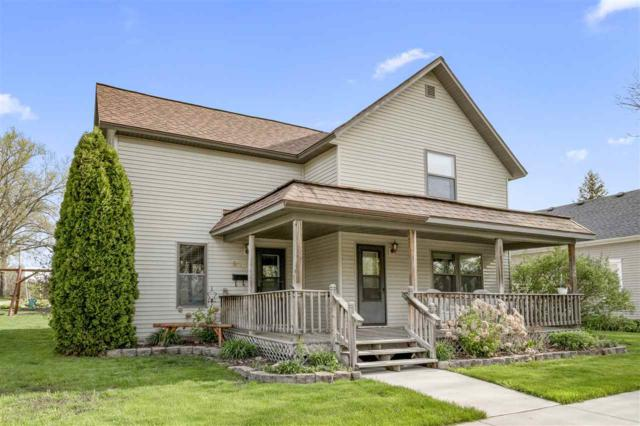 220 W 7TH Street, Kaukauna, WI 54130 (#50203172) :: Dallaire Realty