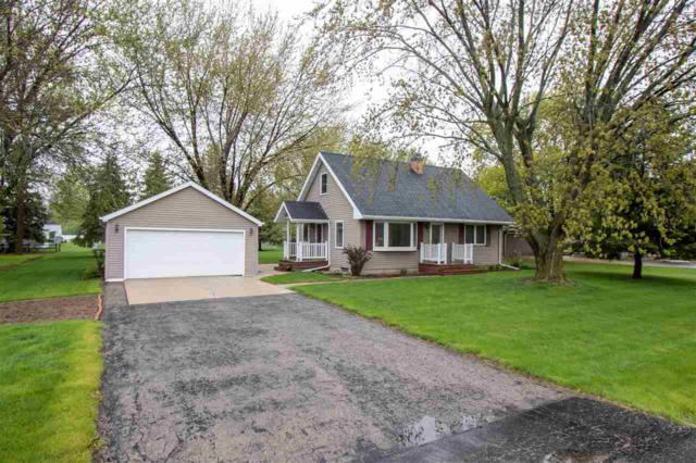 2730 W 4TH Street, Appleton, WI 54914 (#50203195) :: Dallaire Realty
