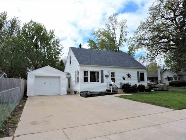 440 E Larrabee Street, Omro, WI 54963 (#50203207) :: Todd Wiese Homeselling System, Inc.