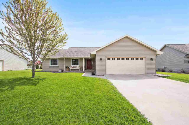 2167 W Melcorn Circle, De Pere, WI 54115 (#50203279) :: Todd Wiese Homeselling System, Inc.