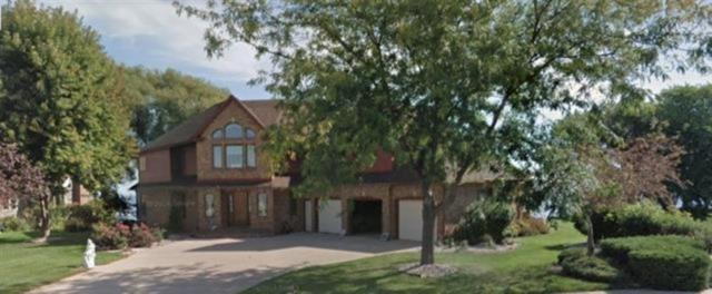 3220 Old Orchard Lane, Oshkosh, WI 54902 (#50203289) :: Todd Wiese Homeselling System, Inc.