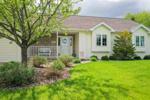 W2407 Greenspire Way, Appleton, WI 54915 (#50203337) :: Todd Wiese Homeselling System, Inc.