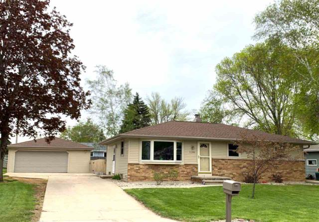 1249 Wild Rose Lane, Neenah, WI 54956 (#50203358) :: Dallaire Realty