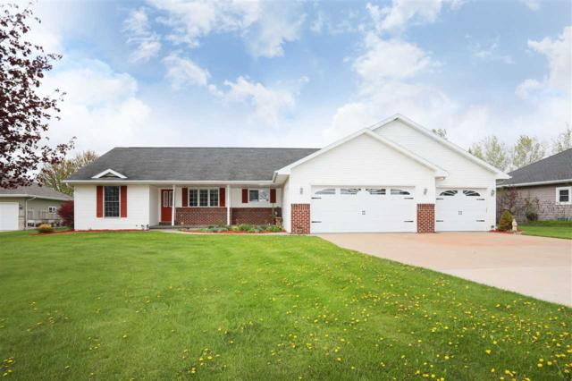 2211 Walton Court, Kaukauna, WI 54130 (#50203366) :: Dallaire Realty