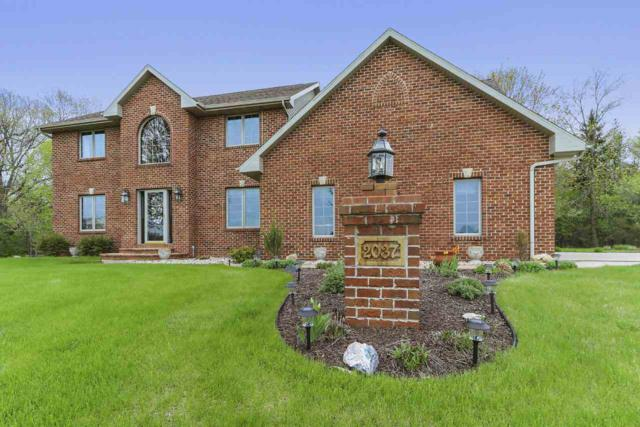 2037 Green Acres Court, De Pere, WI 54115 (#50203410) :: Symes Realty, LLC