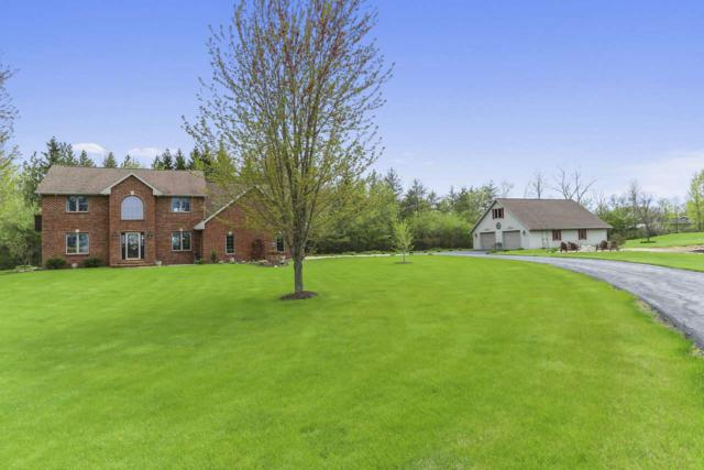 2037 Green Acres Court, De Pere, WI 54115 (#50203414) :: Symes Realty, LLC