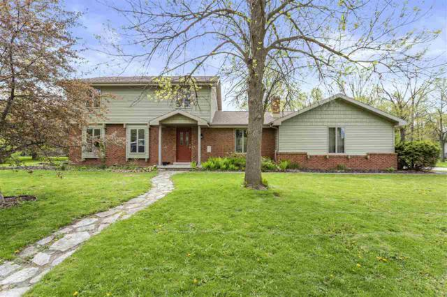 1019 Woodland Drive, Menasha, WI 54952 (#50203452) :: Todd Wiese Homeselling System, Inc.