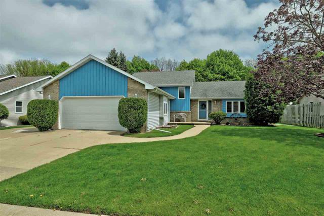 1300 Oriole Drive, Kaukauna, WI 54130 (#50203456) :: Todd Wiese Homeselling System, Inc.