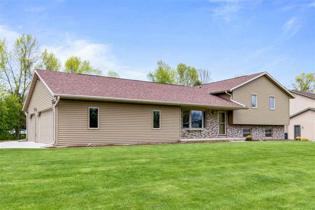 1322 Whippletree Lane, Neenah, WI 54956 (#50203482) :: Dallaire Realty