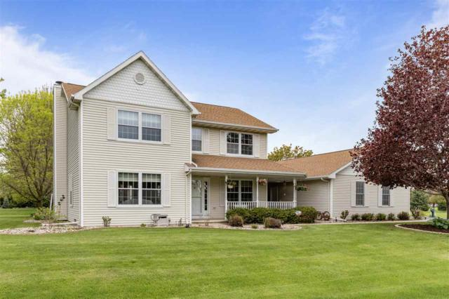3055 Rosewood Lane, Oshkosh, WI 54904 (#50203483) :: Dallaire Realty
