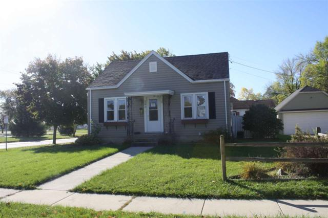 398 E 11TH Street, Fond Du Lac, WI 54935 (#50203502) :: Todd Wiese Homeselling System, Inc.
