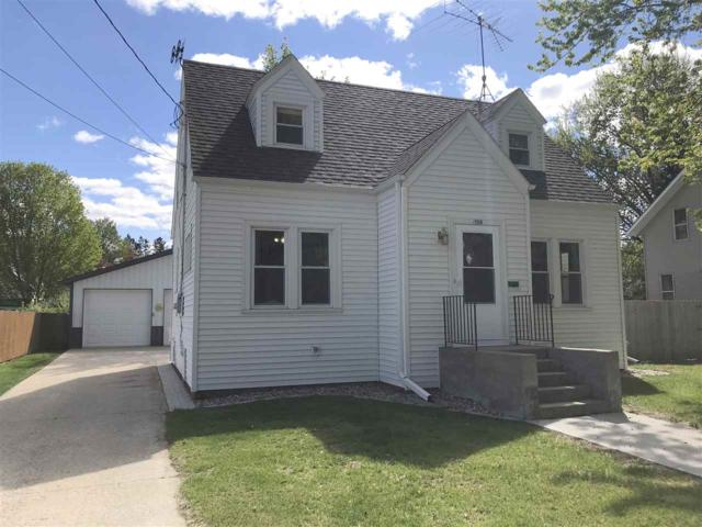 109 10TH Street, Clintonville, WI 54929 (#50203519) :: Todd Wiese Homeselling System, Inc.