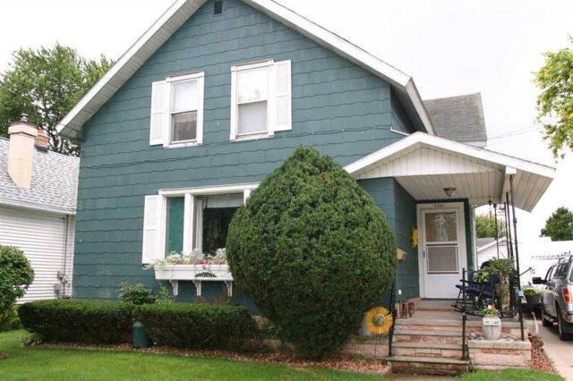 1341 Waugoo Street, Oshkosh, WI 54901 (#50203522) :: Todd Wiese Homeselling System, Inc.