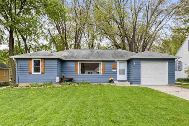 342 E Mission Road, ALLOUEZ, WI 54301 (#50203535) :: Todd Wiese Homeselling System, Inc.