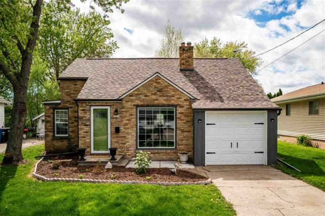 1325 Bowen Street, Oshkosh, WI 54901 (#50203543) :: Todd Wiese Homeselling System, Inc.