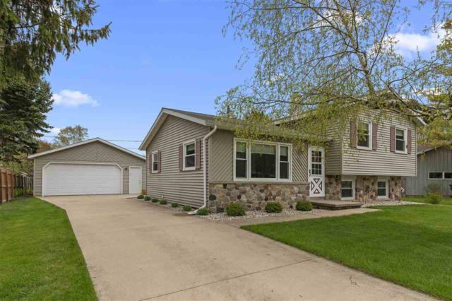 1078 Oxford Court, Neenah, WI 54956 (#50203550) :: Dallaire Realty